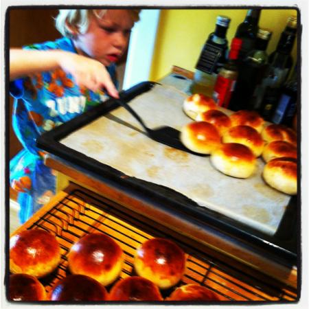 Baker boller selv